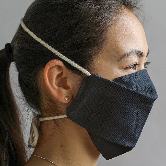 Aplat-mask-blackberry.jpg