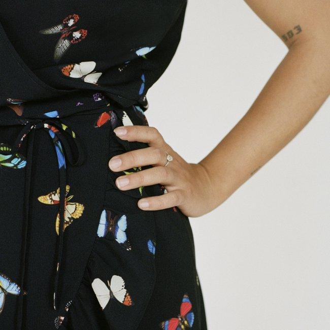 DC_8a_01_Butterfly_Dress_d.jpg