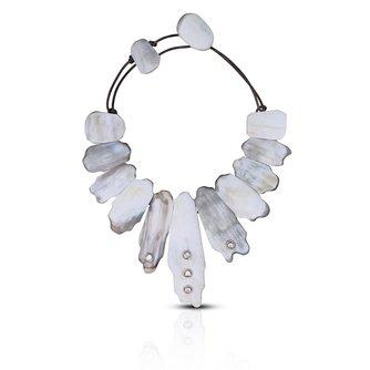 Light Matte Horn Collar