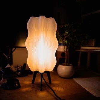 Tall Wavy Lamp