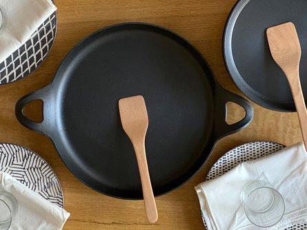 Ironwood Paella Pan