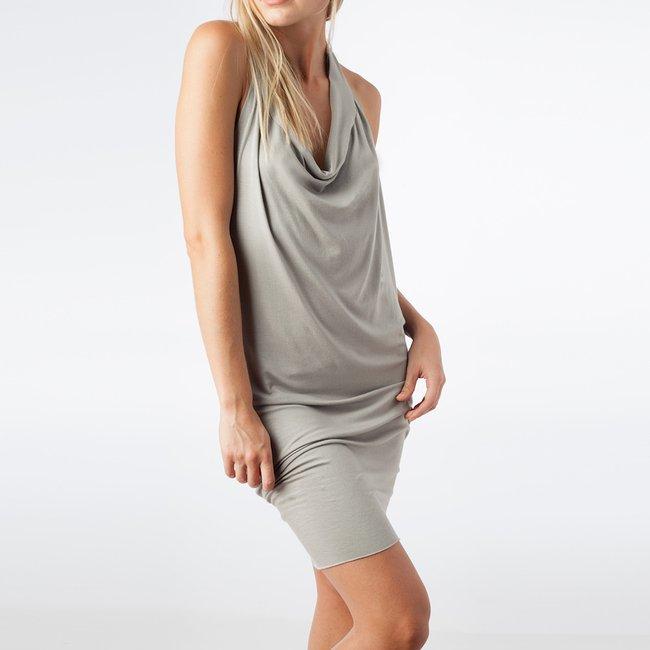 LP101-greydress.jpg