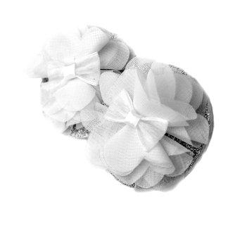 Bridal Daisy Pastyes