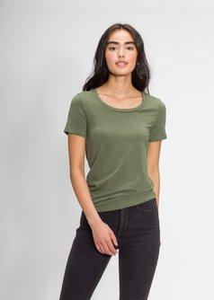 Women's Classic Scoop T-Shirt