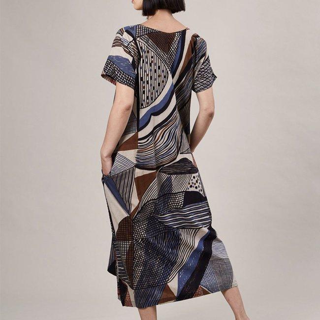 haridra-hand-painted-dress-abstract-7_493a6333-ebcb-490f-85fc-eb31fa06e32c_1800x1800.jpeg