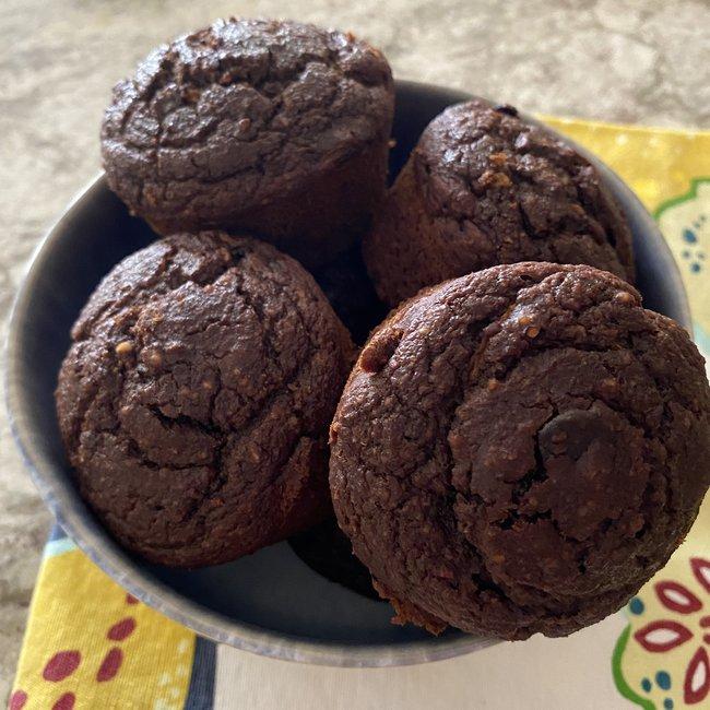 okina_double-choc_muffin_1.jpg