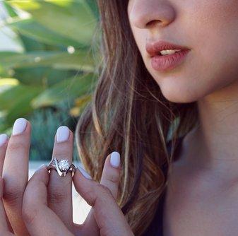Rhea Diamond Ring