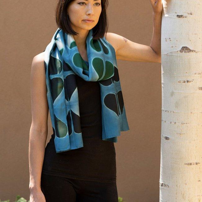 sidr-craft-mahira-scarf-sky_5c4b617d-7ca1-4620-918b-76bb07a5d0f3_1800x1800.jpeg