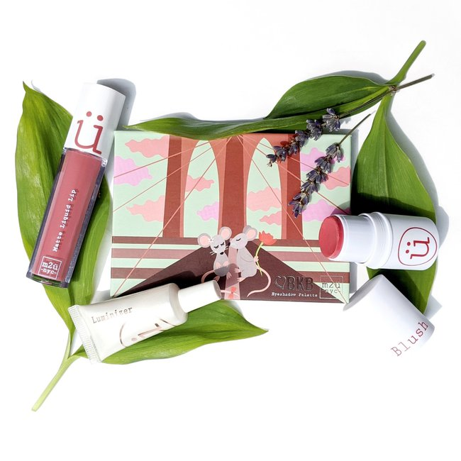 Customizable Makeup Essentials Kit