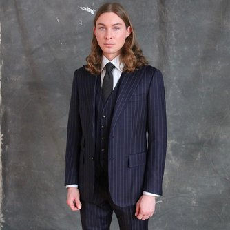 Navy Blue Peak Lapel Three Piece Suit