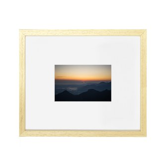 Pinnacle Natural Wood Frame